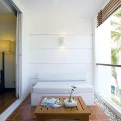 Отель X2 Vibe Phuket Patong 4* Стандартный номер двуспальная кровать фото 7