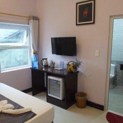 Отель The Moon Villa Hoi An 2* Стандартный семейный номер с различными типами кроватей фото 5
