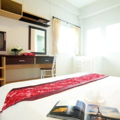 Отель Smile Inn 2* Стандартный номер с двуспальной кроватью фото 2