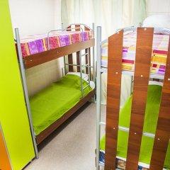 Хостел Миллениум Кровать в общем номере с двухъярусными кроватями