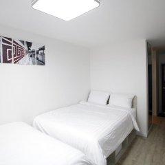 K-POP HOTEL Dongdaemun 2* Стандартный семейный номер с двуспальной кроватью фото 9