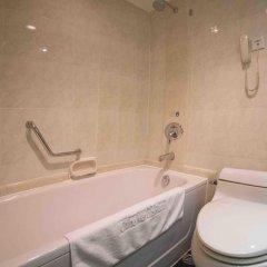 Отель China Mayors Plaza 4* Улучшенный номер с различными типами кроватей фото 3