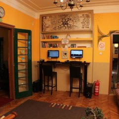 Hostel and Apartments Skadarlija Sunrise интерьер отеля фото 2