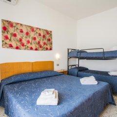 Hotel Nizza 2* Номер с общей ванной комнатой с различными типами кроватей (общая ванная комната) фото 7