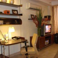Отель Somerset Chancellor Court Ho Chi Minh City 4* Студия Делюкс с различными типами кроватей фото 2