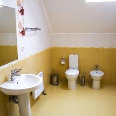 Гостиница U Dominicana Украина, Каменец-Подольский - отзывы, цены и фото номеров - забронировать гостиницу U Dominicana онлайн ванная