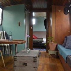 Отель Floating B&B Amsterdam Нидерланды, Амстердам - отзывы, цены и фото номеров - забронировать отель Floating B&B Amsterdam онлайн комната для гостей фото 2
