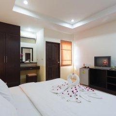 Отель Bangtao Kanita House 2* Улучшенный номер с двуспальной кроватью фото 8