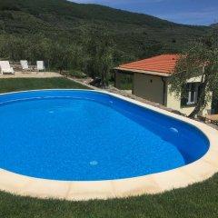Отель Casa vacanze gli ulivi Италия, Боргомаро - отзывы, цены и фото номеров - забронировать отель Casa vacanze gli ulivi онлайн бассейн
