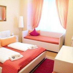 Отель City Guesthouse Pension Berlin 3* Стандартный семейный номер с разными типами кроватей фото 6