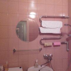 Отель on Cerinu Street Латвия, Юрмала - отзывы, цены и фото номеров - забронировать отель on Cerinu Street онлайн ванная
