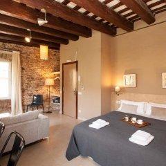 Отель Decimononico Borne Studios Барселона комната для гостей фото 3