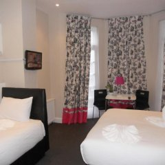 Russell Court Hotel 4* Стандартный номер с различными типами кроватей фото 2
