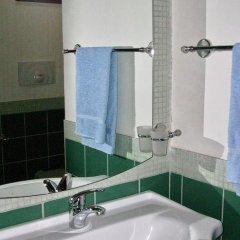 Отель Donna Isabella Конверсано ванная фото 2