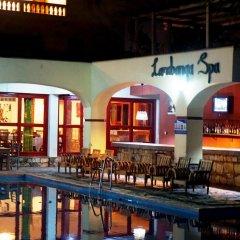 Отель El'Orr Castle & The Jazz Court гостиничный бар