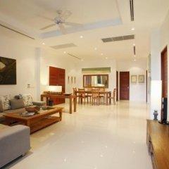 Отель Bliss In Phuket интерьер отеля