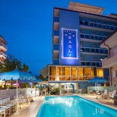 Отель Bagli - Cristina Италия, Римини - отзывы, цены и фото номеров - забронировать отель Bagli - Cristina онлайн бассейн фото 2