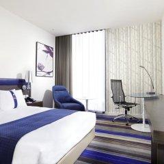 Отель Holiday Inn Express Bangkok Siam 3* Стандартный номер с различными типами кроватей