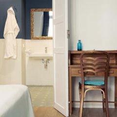 Отель L'Esplai Valencia Bed and Breakfast 3* Стандартный номер с двуспальной кроватью фото 13