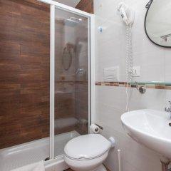 Romangelo 2 Hostel ванная