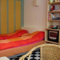 Отель Bedmetbootje & Bedwithmotorboat Нидерланды, Амстердам - отзывы, цены и фото номеров - забронировать отель Bedmetbootje & Bedwithmotorboat онлайн развлечения