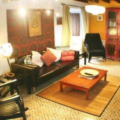 Отель Elegant House in Ericeira's center комната для гостей