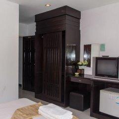 Отель Patong Bay Guesthouse 2* Улучшенный номер с различными типами кроватей фото 10