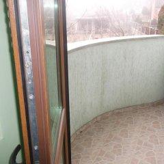 Отель Green Lagoon Guest House Болгария, Балчик - отзывы, цены и фото номеров - забронировать отель Green Lagoon Guest House онлайн балкон