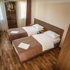 Мини-отель Глобус Стандартный номер с двуспальной кроватью фото 9