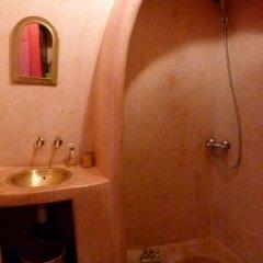 Отель Riad Al Warda 2* Стандартный номер с различными типами кроватей фото 24