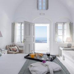 Отель Aqua Luxury Suites Люкс с различными типами кроватей фото 23