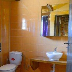 Отель Petrino Ситония ванная