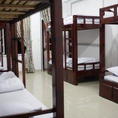 Отель Backpacker Inn Dalat 2* Кровать в общем номере фото 5