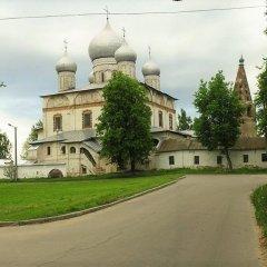 Гостевой дом Берёза Великий Новгород парковка