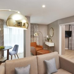 Отель DoubleTree By Hilton London Excel 4* Люкс повышенной комфортности с различными типами кроватей фото 7