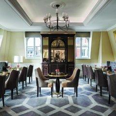 Отель The Langham, London 5* Улучшенный номер с различными типами кроватей фото 3
