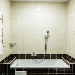 Гостиница Ostrov River Club Украина, Писчанка - отзывы, цены и фото номеров - забронировать гостиницу Ostrov River Club онлайн ванная