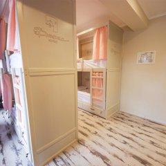 Волхонка хостел Кровать в общем номере с двухъярусными кроватями фото 11