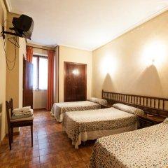 Отель Pension Iberia Стандартный номер с различными типами кроватей фото 2