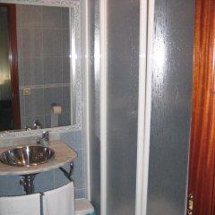 Отель Hostal Restaurante Las Ruedas Стандартный номер с различными типами кроватей фото 3
