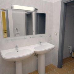 Отель RentRooms Thessaloniki 3* Кровать в женском общем номере с двухъярусной кроватью фото 3