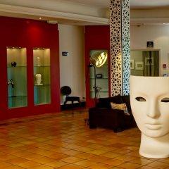 Hotel Arles Plaza Арль спа