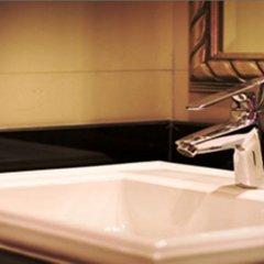 Gulliver`S Tavern Hotel Бангкок ванная