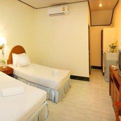 Отель Baan Pron Phateep Стандартный номер с двуспальной кроватью фото 5