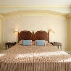 Отель As Janelas Verdes, a Lisbon Heritage Collection 4* Улучшенный номер с двуспальной кроватью