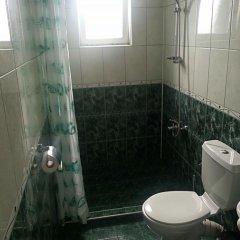 Отель Guest House Rona ванная