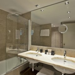 Altis Grand Hotel ванная