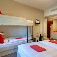 MEININGER Hotel Amsterdam City West 2* Стандартный номер с различными типами кроватей фото 2