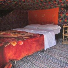 Отель Bivouac Le Ciel Bleu Марокко, Мерзуга - отзывы, цены и фото номеров - забронировать отель Bivouac Le Ciel Bleu онлайн комната для гостей фото 5