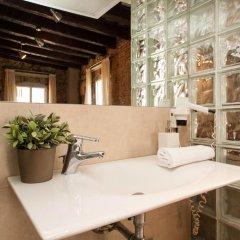Отель Decimononico Borne Studios Барселона ванная фото 2